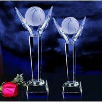 水晶奖杯-手托